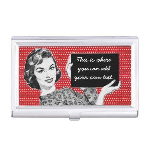 mulher dos anos 50 com um sinal porta cartao
