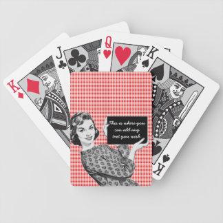 mulher dos anos 50 com um sinal V2 Baralhos De Pôquer