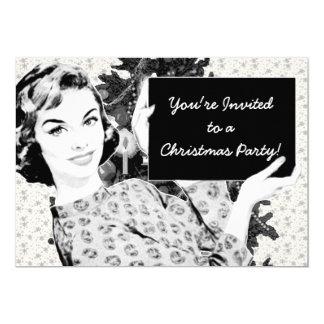 mulher dos anos 50 com um sinal V2 do Natal Convites