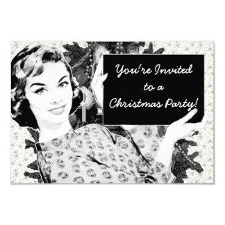 mulher dos anos 50 com um sinal V2 do Natal Convites Personalizado
