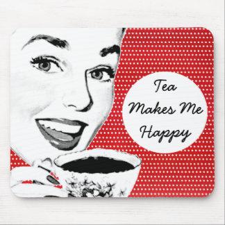 mulher dos anos 50 com um Teacup Mouse Pad