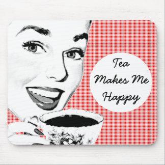 mulher dos anos 50 com um Teacup V2 Mousepad