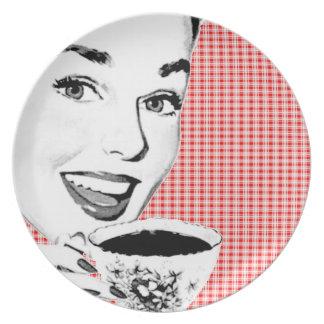mulher dos anos 50 com um Teacup V2 Pratos De Festas