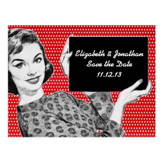 mulher dos anos 50 com umas economias do sinal a d cartões postais