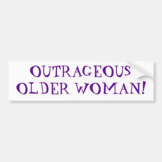 Mulher mais idosa ultrajante adesivo para carro