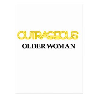 Mulher mais idosa ultrajante cartões postais