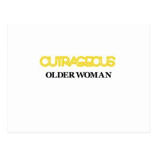 Mulher mais idosa ultrajante cartao postal