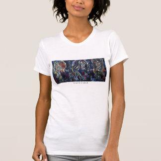 Mulheres brancas do t-shirt das meninas dos grafit
