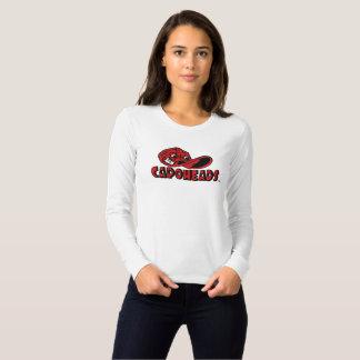 Mulheres brancas & T longo vermelho de CapoHeads Camisetas
