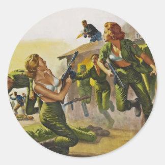 Mulheres de combate do combate em seus sutiãs adesivos em formato redondos
