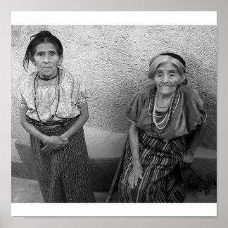 Mulheres maias idosas pôster