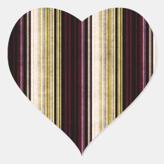 Multi etiqueta listrada afligida colorida do coraç adesivos