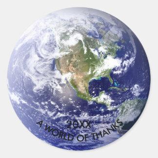 Mundo dos obrigados - etiqueta do globo do círculo