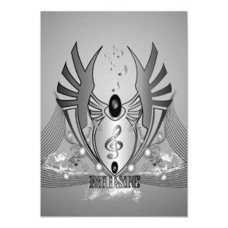 Música, clef em preto e branco em um protetor convite 12.7 x 17.78cm