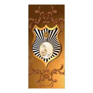 Música, notas chaves douradas em um protetor convite 10.16 x 23.49cm