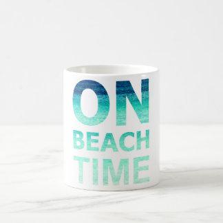 Na caneca da tipografia do tempo da praia