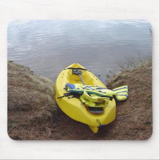 Na costa do lago mousepad