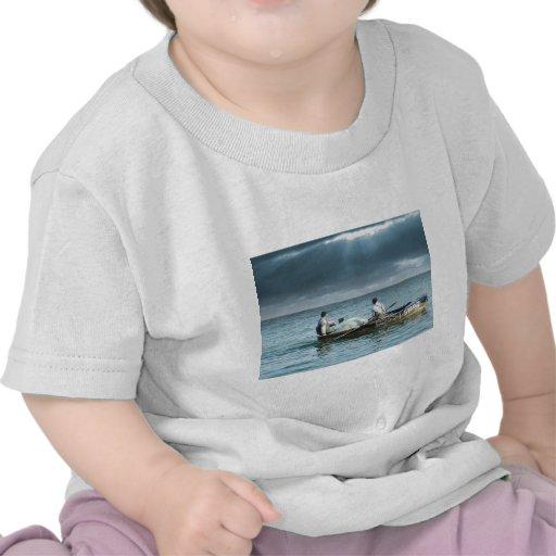 Na Galileia de Pescadores de Homens T-shirts