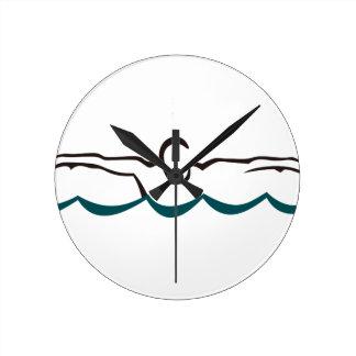 Nadador da borboleta relógio de parede