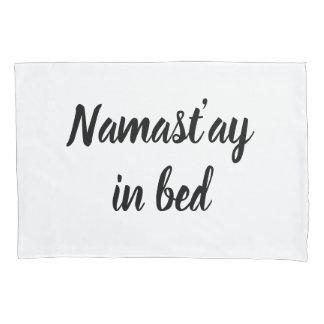 Namastay no caso do travesseiro da rotulação do