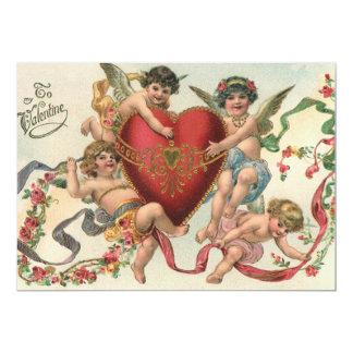 Namorados do vintage, querubins com convite do