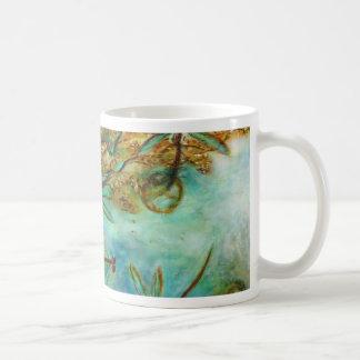 Namorico da libélula canecas