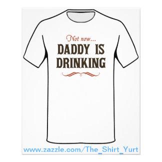 Não agora, o pai está bebendo modelo de panfleto