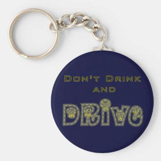 Não beba e não conduza o chaveiro
