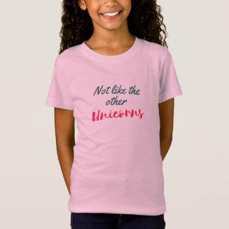 Não como o outro t-shirt bonito da menina dos camiseta