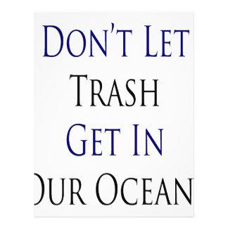 Não deixe o lixo obter em nossos oceanos panfletos coloridos