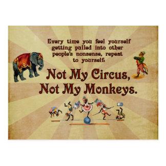 Não meus macacos, não meu circo cartão postal