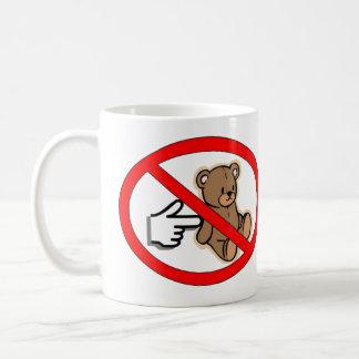 Não pique a caneca do urso