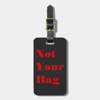 Não seu saco preto e o vermelho vêem-me tag de mala