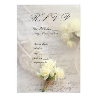 narciso, corações com o cartão velho do roteiro convite personalizado