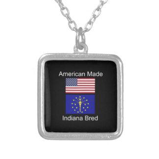 """""""Nascer americano. Indiana produziu"""" bandeiras e Colar Banhado A Prata"""
