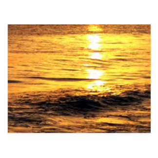 Nascer do sol na piscina cartao postal