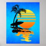 Nascer do sol surfando poster