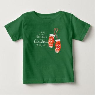 Natal elegante na camisa do coração |