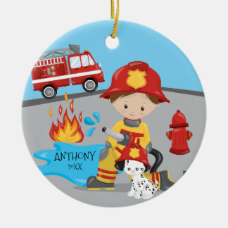 Natal triguenho do menino do sapador-bombeiro ornamento de cerâmica