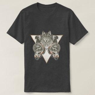 Nativo americano, lobo com t-shirt do crânio camiseta