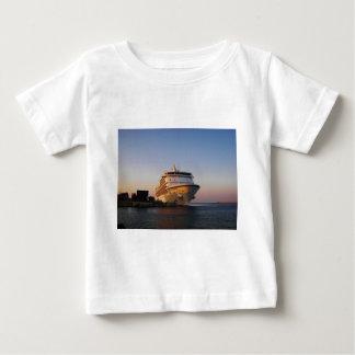Navegador dos mares do forro sete camiseta para bebê