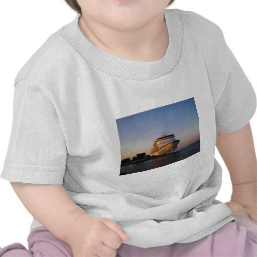 Navegador dos mares do forro sete camisetas