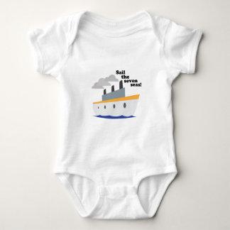 Navegue os sete mares! tshirt