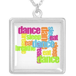 Necessidades da dança colar banhado a prata