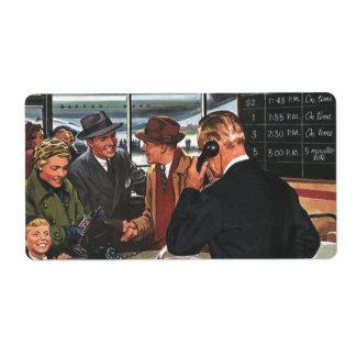 Negócio do vintage, pessoas no contador de bilhete etiqueta de frete