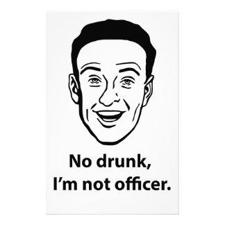 Nenhum bebado, eu não sou oficial papelaria