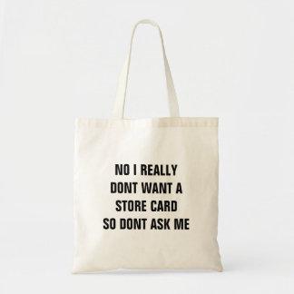 Nenhum saco do cartão da loja bolsas para compras