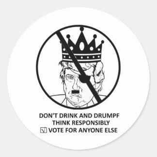 Nenhuma etiqueta do trunfo: Não beba e Drumpf