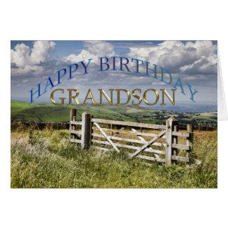Neto do feliz aniversario, paisagem com uma porta cartão comemorativo