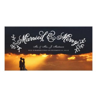 Newlyweds que Wedding a caligrafia dos cartões de